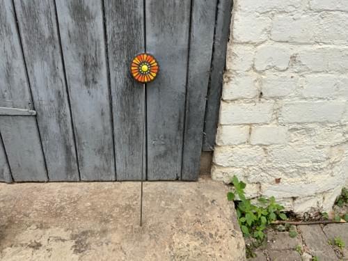 Orbital Flower Garden Stake (50 cms) Oranges