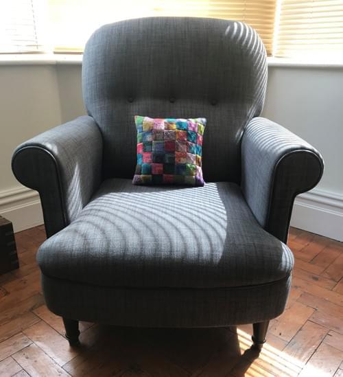 10 inch Handknitted Mosaic Cushion (DKC10/02)