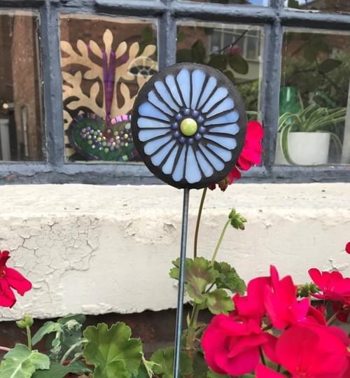 Orbital Garden Stake (50 cms) Cornflower