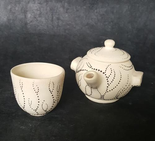 Off white stoneware Tea set
