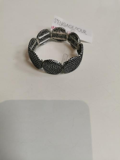 bracelet argenté élastiqué