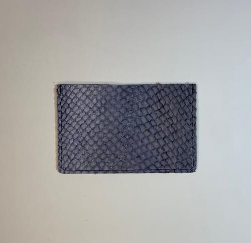 Porte-carte modèle Pignot: cuir marine lisse et cuir de poisson marine
