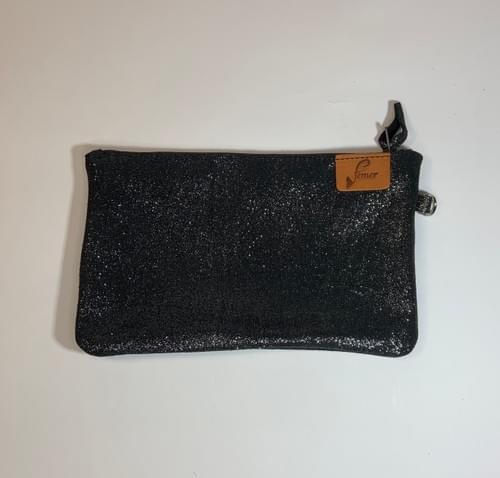 Modèle Dune : Pochette cuir pailleté noir et cuir de poisson carbone