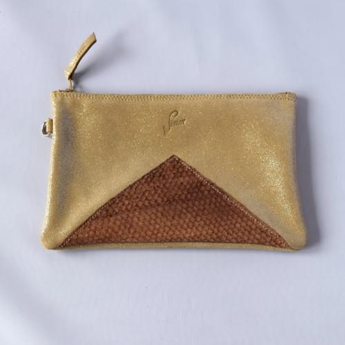 Modèle Dune: Pochette cuir pailleté champagne et cuir de poisson chocolat