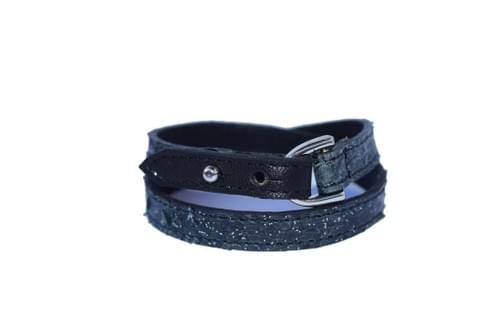 Vacances côtières : bracelet double tour noir pailleté et noir.