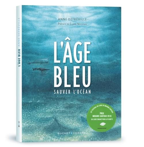 """Fond marin avec les personnages,  illustration de couverture de """"l'âge bleu, sauver l'océan"""""""
