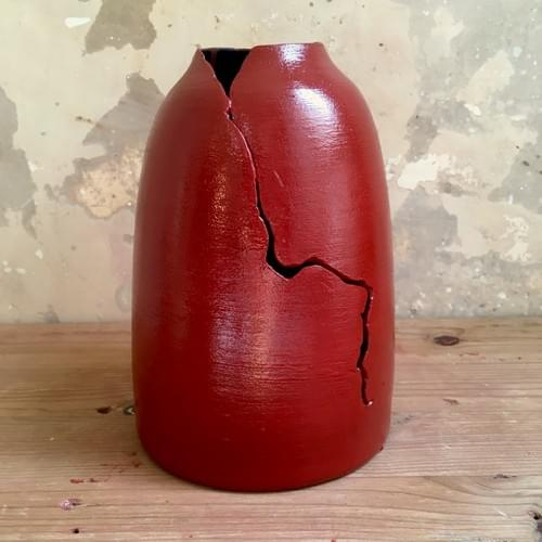Vase - Red is the new Black !