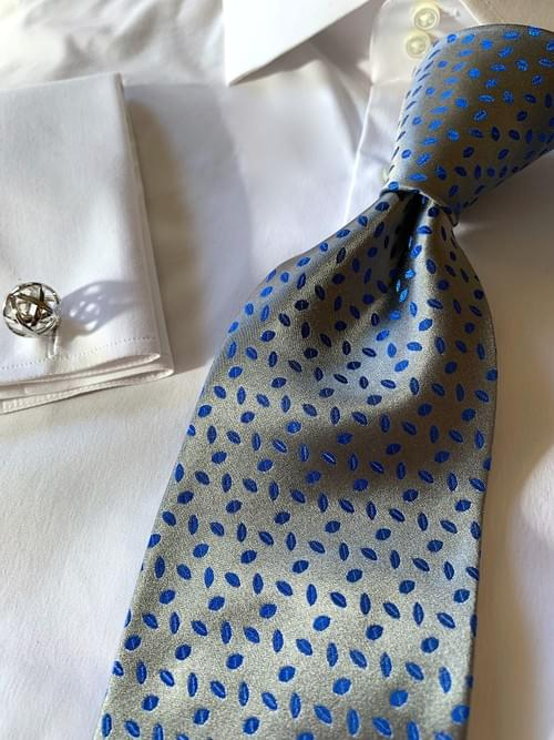 NEW - Silver Blue  Autumn Leaves Satin Tie