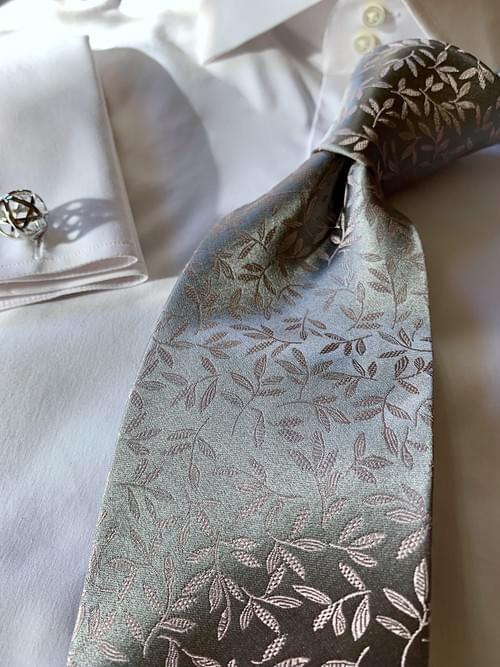 NEW - Silver Pink Fall Foliage Satin Tie