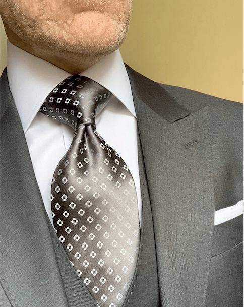 Silver Diamond Dots Tie