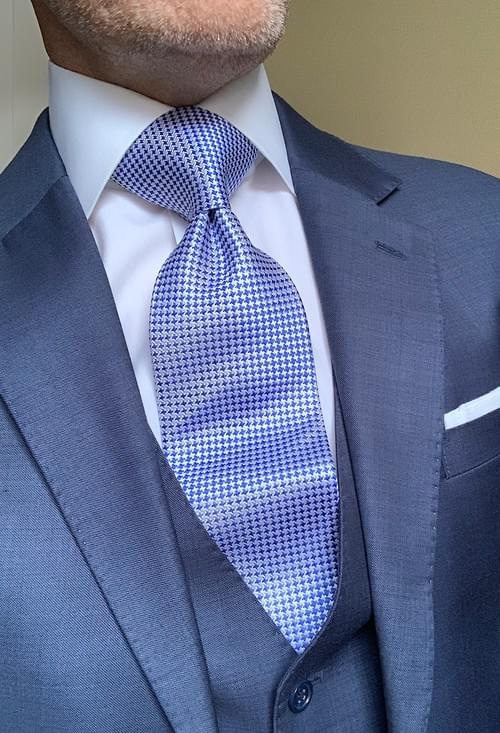 BACK IN STOCK - Blue Silver Houndstooth Tie