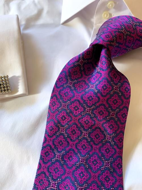 NEW - Bold Pink Navy Executive Tapestry Tie