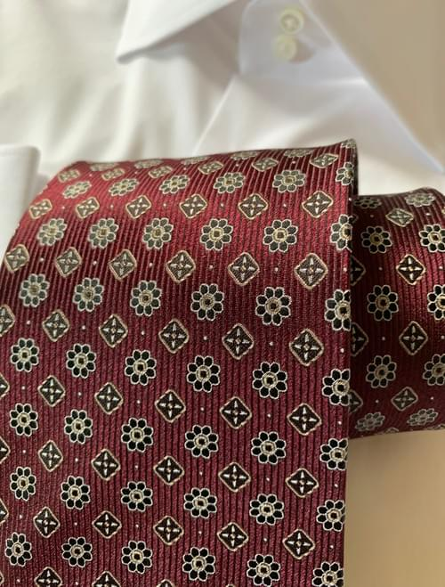 NEW - Bordeaux Garden Tie
