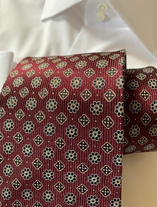 Bordeaux Garden Tie
