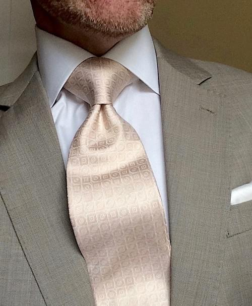 CLEARANCE: Gold White Geometric Tie