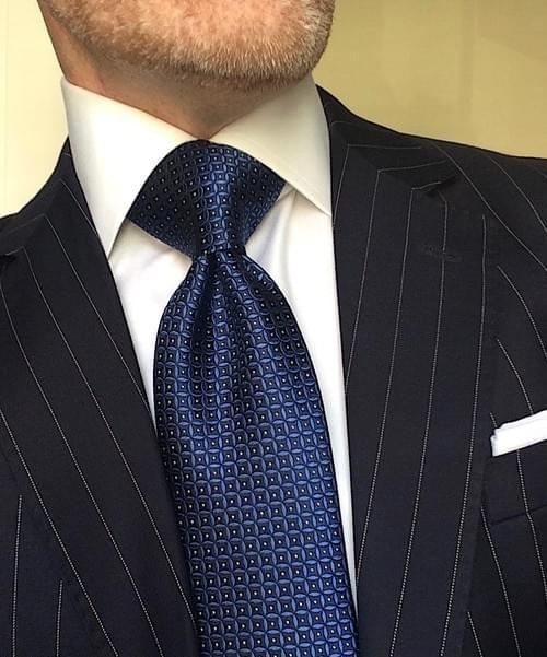 CLEARANCE: Navy Black Circle Geometric Tie