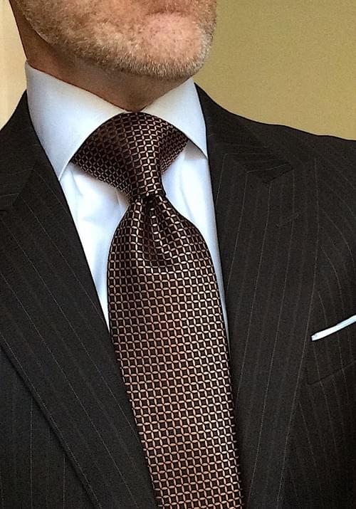 CLEARANCE: Brown and Bronze Circle Geometric Tie