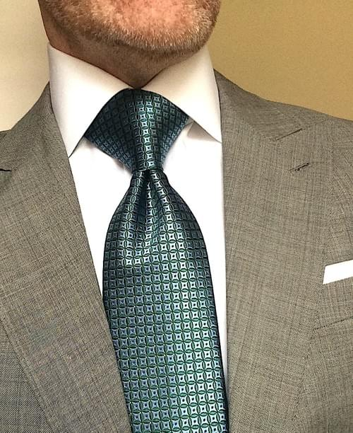 CLEARANCE: Green Blue Circle Geometric Tie