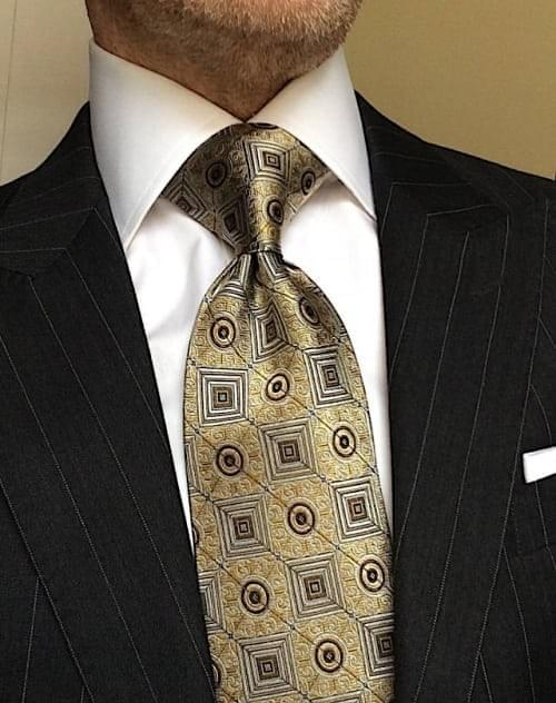 CLEARANCE: Gold Square Medallion Tie