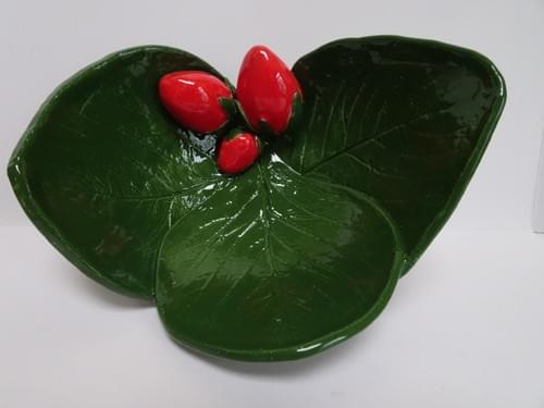 Strawberry, three leaf dish