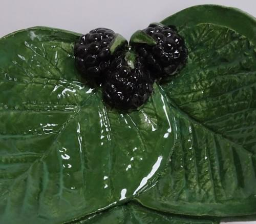 Three leaf Blackberry dish. Small