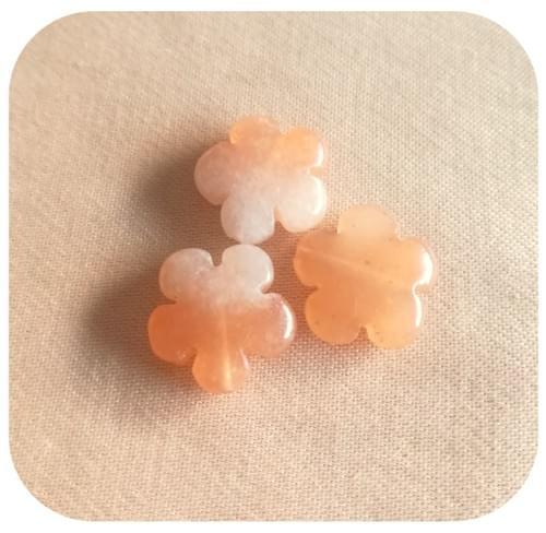 Boucles d'oreilles en pierres naturelles fleur - 9 pierres au choix