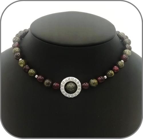 Collier Ras de cou Ornement argenté avec perle 10mm