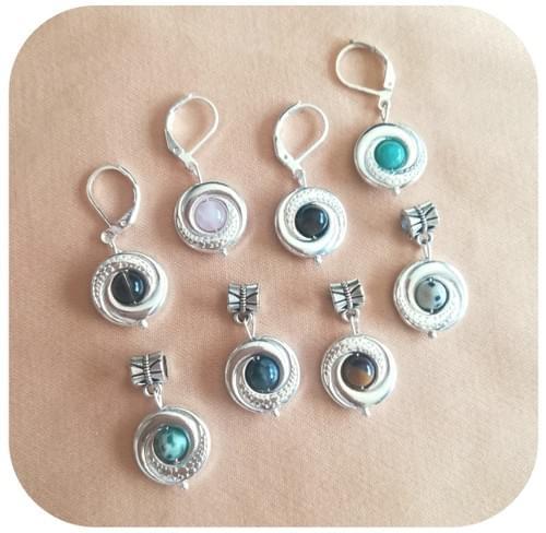 Pendentif rond avec perle en pierre naturelle - pierres au choix, motif anneaux entrelacés