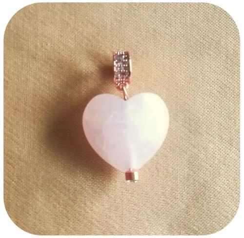Pendentif Cœur Quartz rose avec bélière au choix