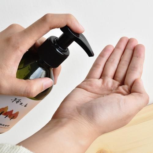 100% 台灣檜木精油洗髮精   芬多精 無矽靈 無香精