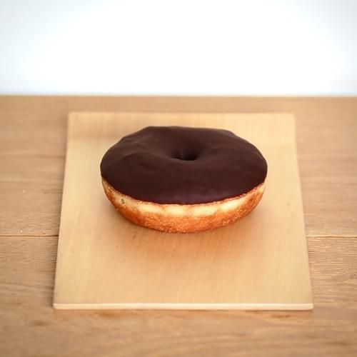 チョコレイトドーナツ