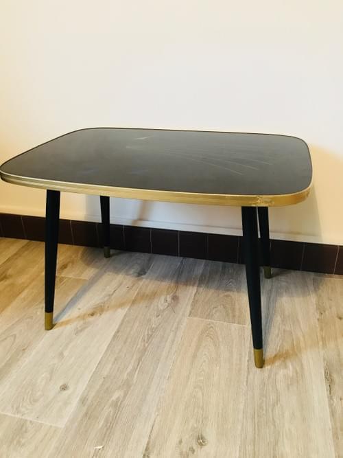 Table basse pieds compas