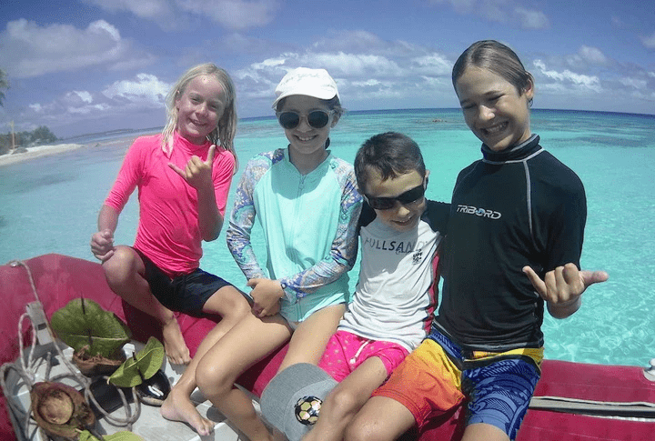 sailing with kids in french polynesia