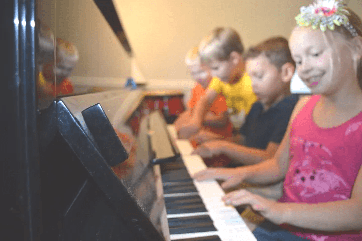 Easy Schedule Piano Lessons in Colorado Springs