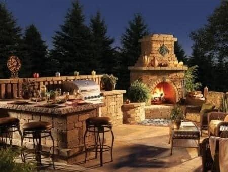 Moody Custom Homes I Outdoor Living Spaces I Custom Outdoor Kitchen I Custom Outdoor Fireplaces I Tulsa OK