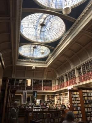 Picture of a library and link to the short story