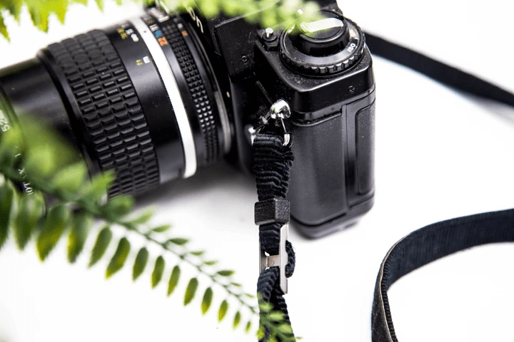 Machien Industry's-Anti-slip camera straps that is secure, comfortable and durable