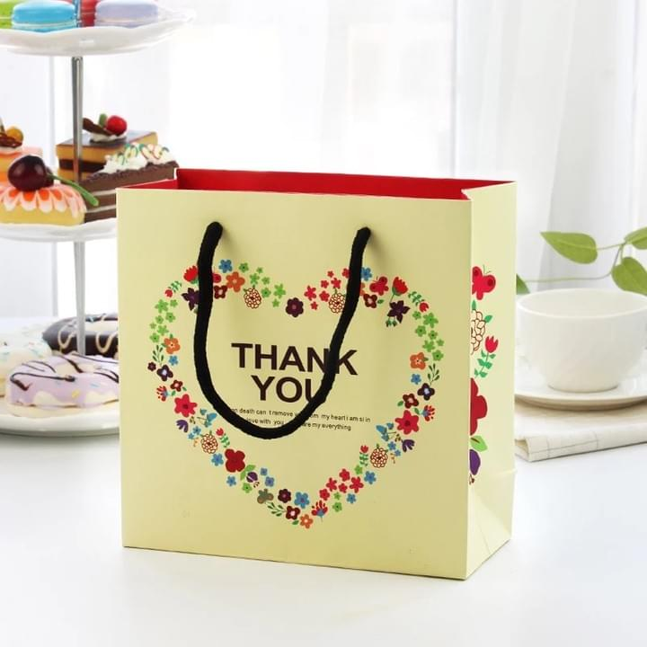 China Custom Paper Gift Bags printing factory