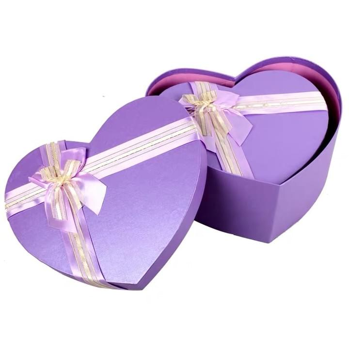 Custom Love Purple Heart shaped Gift box with ribbon for flower