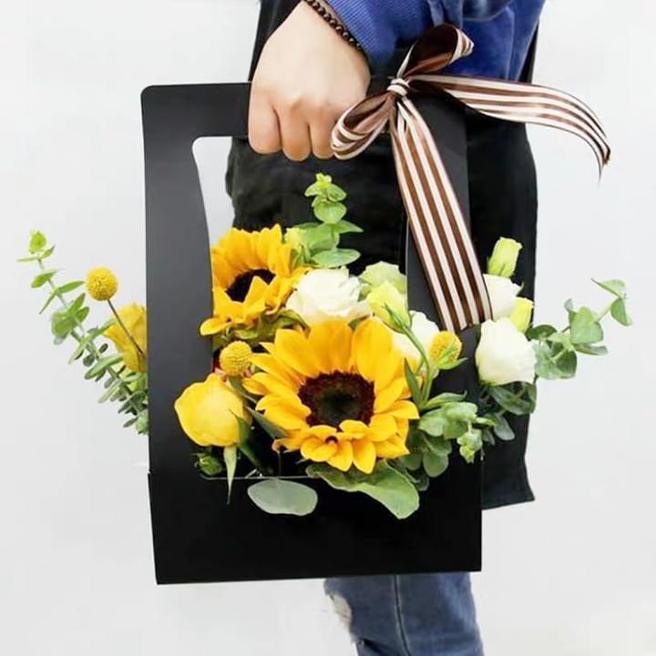 Mother's Day Flower boxes Packaging paper Basket with Hand Carrying