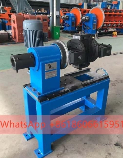 Rotation compacting device
