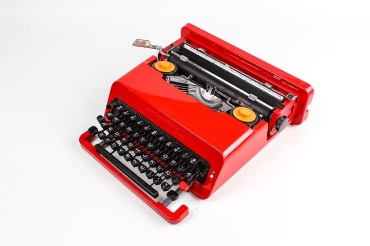 OLIVETTI Red Valentine portable Typewriter
