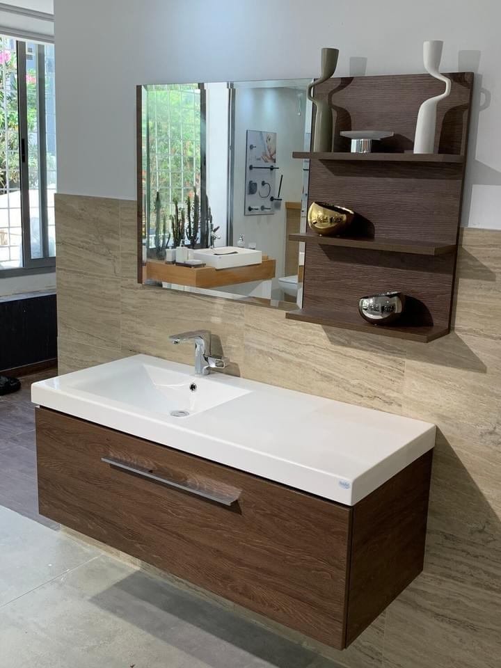 Bathroom furniture Tunisia / Vanity top Spazio 120 cm with cabinet and mirror