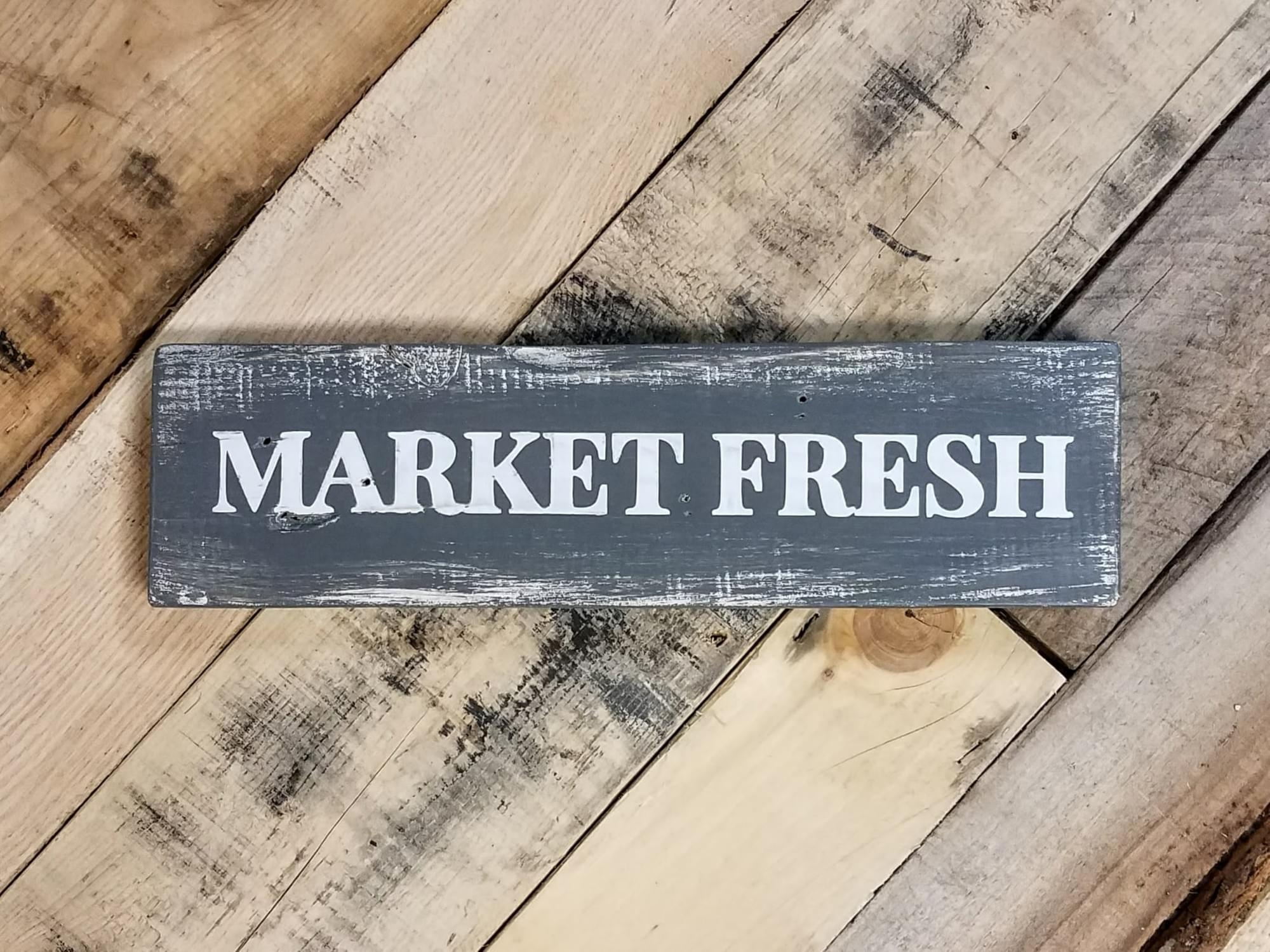 Market Fresh Wood Shelf-Sitter