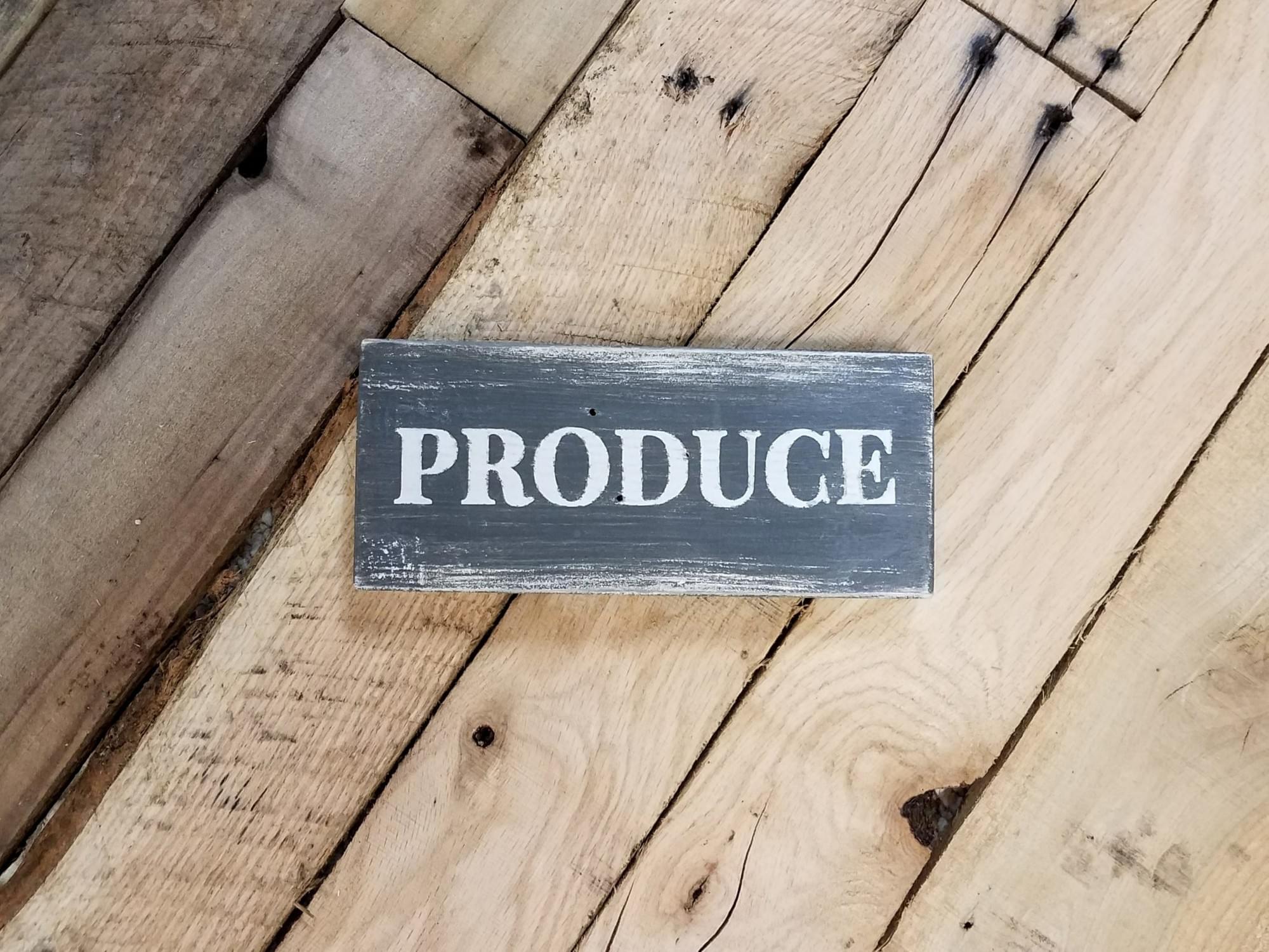 Produce Wood Shelf-Sitter
