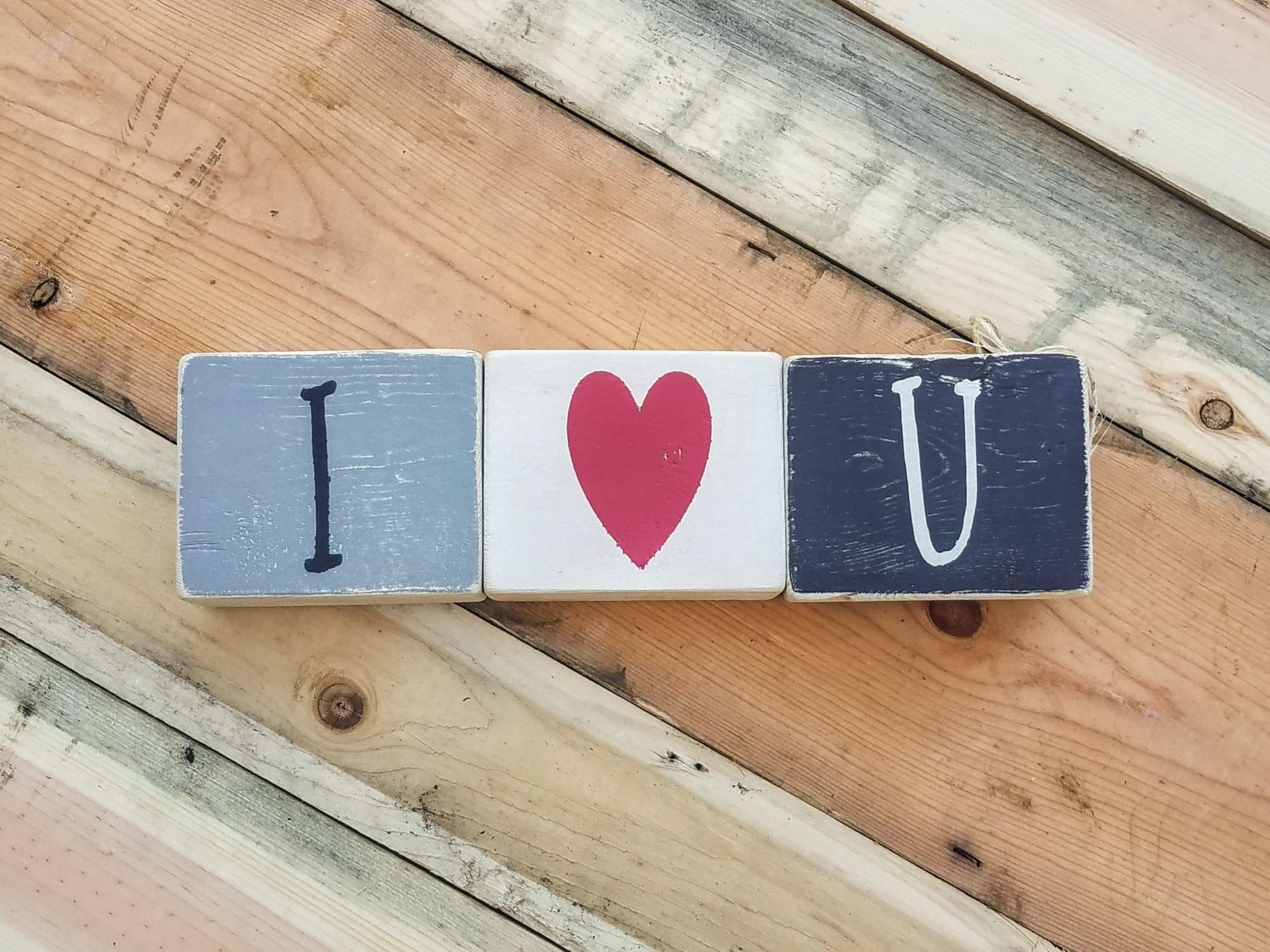 I (heart) U/Snowflakes Reversible Wood Blocks