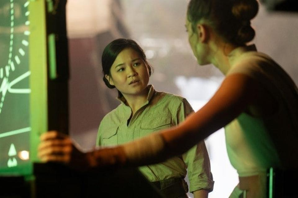Kelly Marie Tran and Daisy Ridley in a deleted scene. CREDIT: Disney