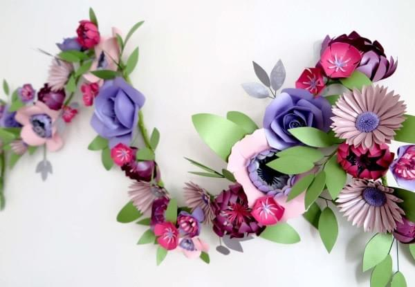 An example of Laura Reed's paper flowers