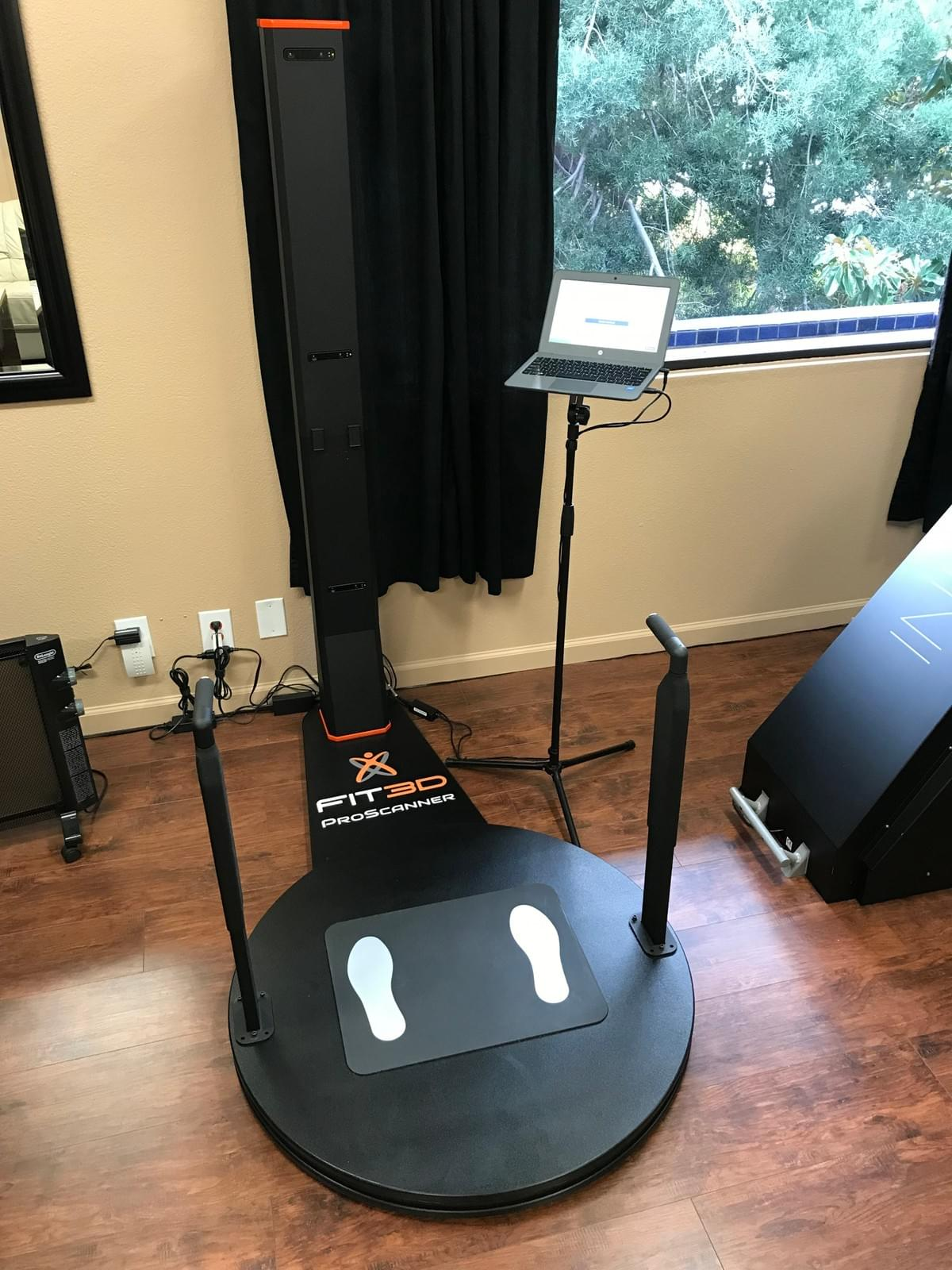 Fit 3D scanner for complete tracking of body composition changes