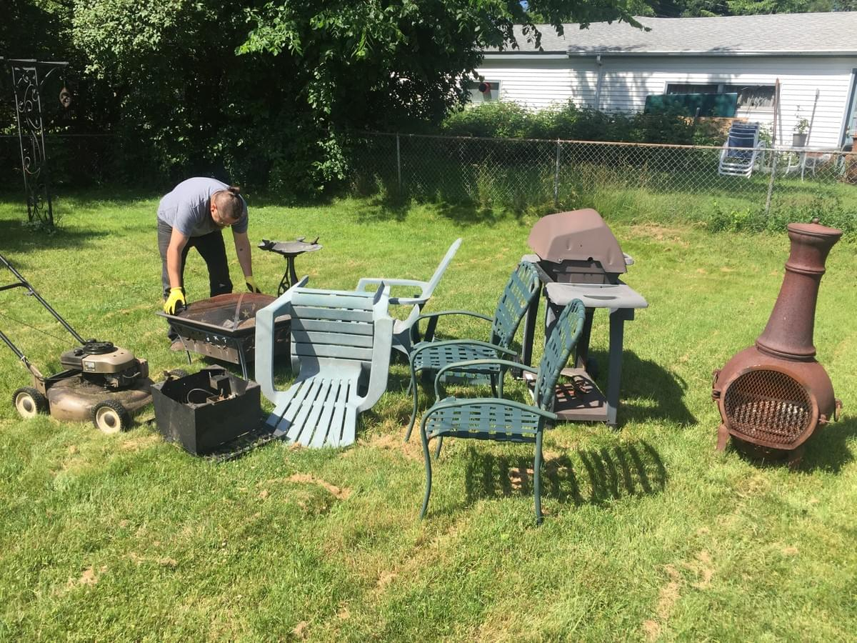 Furniture removal in Fairbault, by Minnesota